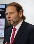 Prof. Dr.-Ing. Enrico Stoll